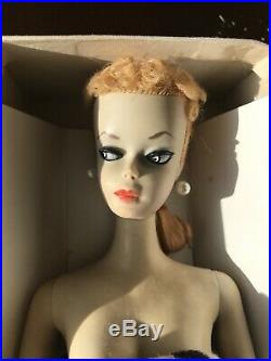 1959 Ponytail Barbie #2 TM Stand R Box All Accessories
