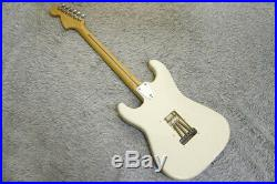1990's Fender Japan'72 reissue Stratocaster ST72-55 Vintage white Made in Japan