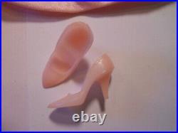 Barbie FASHION LUNCHEON #1656 1966 Vintage Fashion Pink Japan Pumps