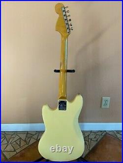 Fender Japan Mustang Guitar Vintage White Made in Japan