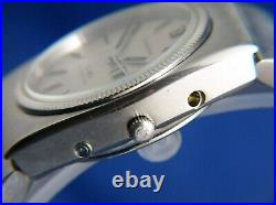 Omega 196.0015 Constellation Megaquartz 32KHz Watch Vintage 1970s For Repair