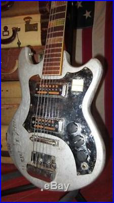 Vintage 1960's Teisco Trump Solidbody Electric Guitar Made in Japan Plays Great