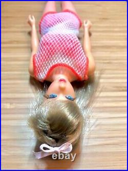 Vintage 1967 BARBIE HIGH COLOR TNT Twist'N Turn #1160 Doll Ash Blonde OSS Swim