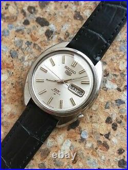 Vintage Seiko 5 DX 25 Jewels Automatic 6106 8010 JDM March 1967