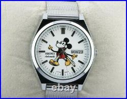 Vintage Seiko 5 automatic Mickey Mouse 6309A men's Japan working wrist watch