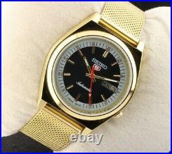 Vintage Seiko 5 black golden 7009 automatic men Japan working wrist watch 37.5mm
