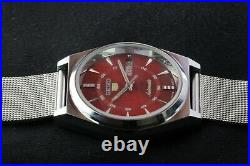Vintage Seiko 6309A cherry red automatic men Japan working wrist watch. 37.5mm
